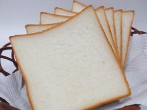 ミルクたっぷりの食パン